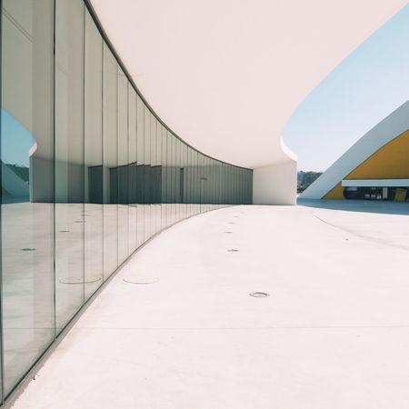 Niemeyer Arquitetura Asturias Avilés Niemeyer Center Oscar Niemeyer MinimalArchitecture Minimalism