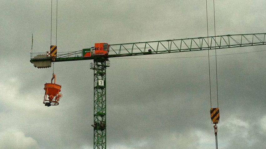 Crane Cranes Crane - Construction Machinery Cranespotting Craneaddicted  Cranes And Construction Craneporn EyeEm Best Shots Construction Site Jopesfotos - Urban