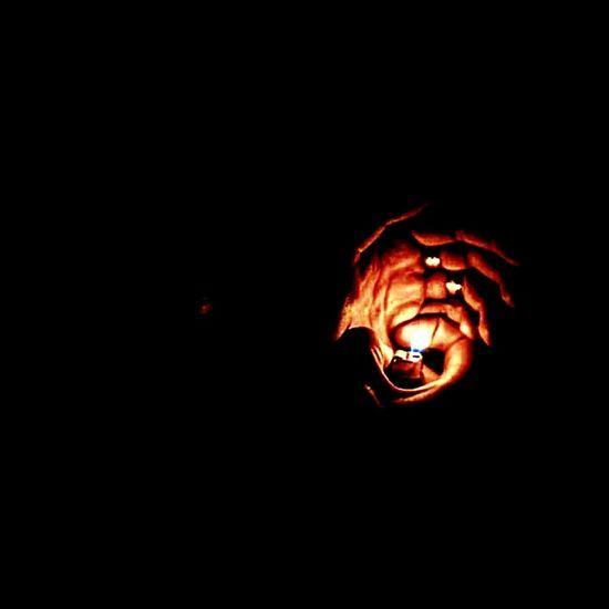 ولاعة Flame Heat - Temperature Burning Close-up No People Illuminated Night Black Background Outdoors Light And Shadow Darkness And Light Dark Darkness Dark And Light Darkness And Beauty Dark Art Darkroom Darknight EyeEmNewHere Millennial Pink Welcome To Black Long Goodbye