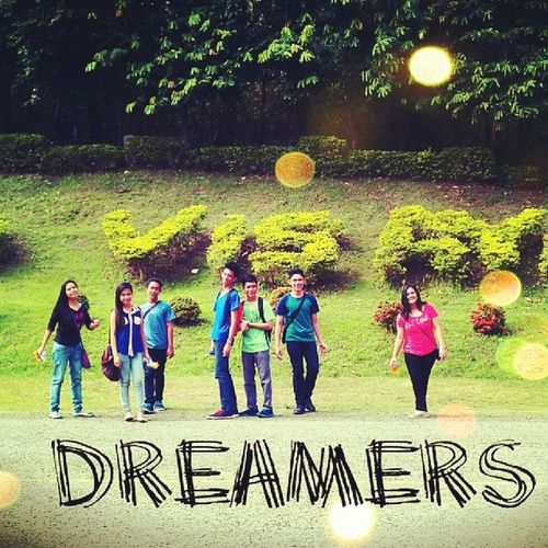 Dreamers Friendss  Up Throwback
