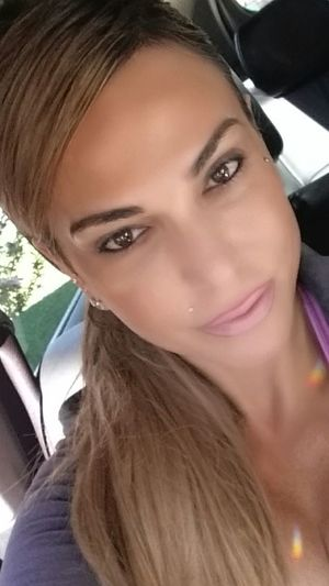 Hello 😉 To inspire other's Checkout my website at... http://anastasiaverkos.com Pinklips Lips #love #smile #pink #cute #pretty Beautiful Girl Selfie Selfieoftheday Hairstyle Longhair That's Me Gym Gym Gym Healthy