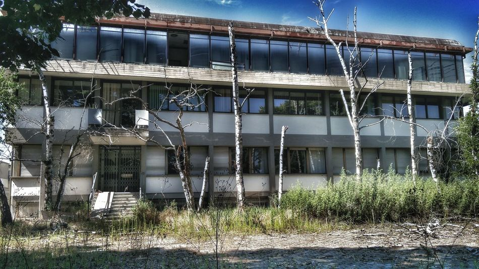 Outdoors Oniric No People HDR Building Exterior Abandoned Clouds Abandoned Buildings Abandoned Office
