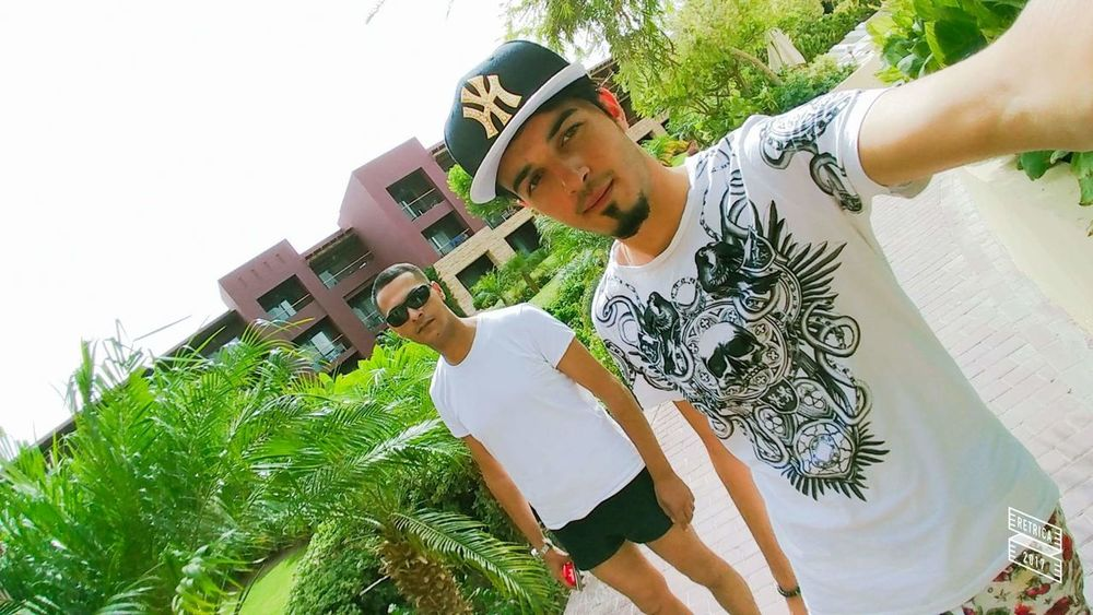 Moments Moment Of Silence Moments To Remember  Endofsummer Togetherness Summer Aqaba Jordan Lord Barberlife Amman Jordan Human Face Standing Outdoors Only Women Casual Clothing Jordan Adults Only Two People One Man Only Only Men Love Like People Fun Resort Garden