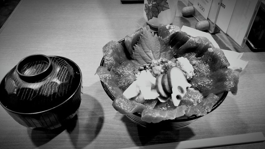 [16.09.07] Tuna Food Black And White City Life Creative Light And Shadow Enjoying Life Cooking Black & White Japan Monochrome Food And Drink Indoors  Cool Japan Japanese  Pixlr No People Table 丼