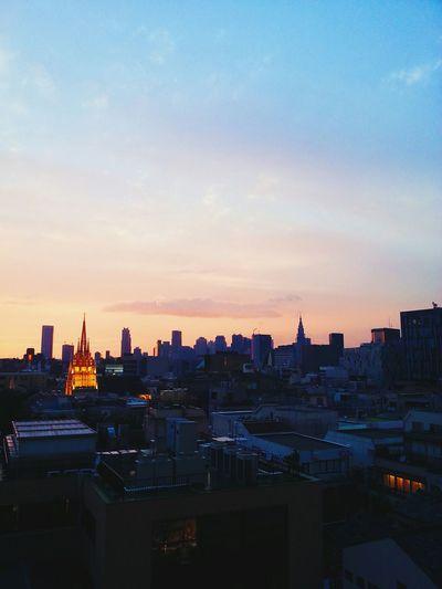 Sunset Skyline Tokyo Citylife Sunsetsky stunningsunsetinthecity