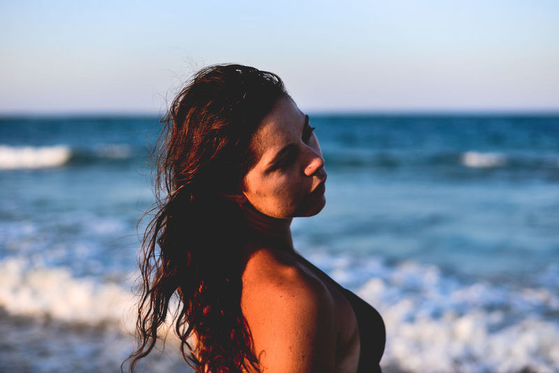 Adult Bautty Beach Beautiful Beauty Beutiful  Blue Wave Close Up Female Horizon Over Water Lifestyles One Person One Woman Only One Young Woman Only Only Women Portrait Portrait Of A Woman Sea Summer Summertime Sunny Vacations Wave Woman Young Adult Women Around The World Live For The Story Place Of Heart The Portraitist - 2017 EyeEm Awards
