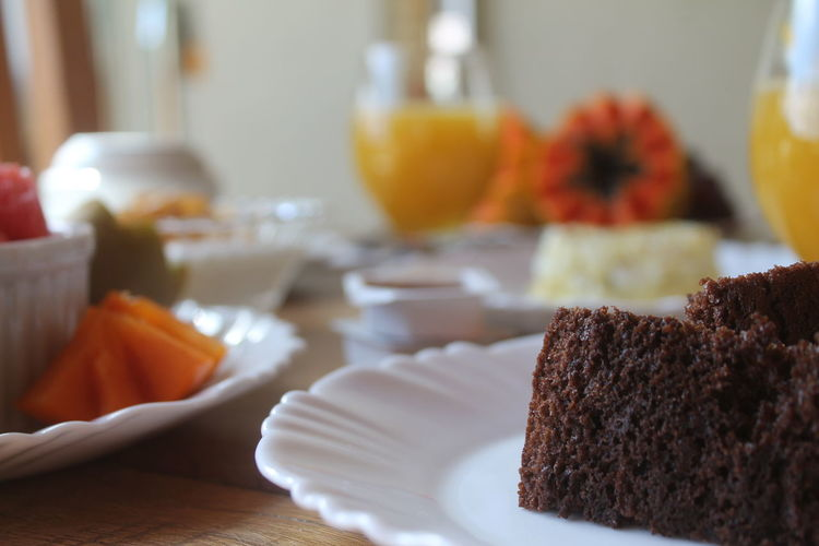 Food And Drink Food Plate Cake Sweet Food Indoors  Table Ready-to-eat Selective Focus Indulgence No People SLICE Close-up Freshness Healthy Eating Day Breakfast Breakfast ♥ Breakfast Time The Week On EyeEm