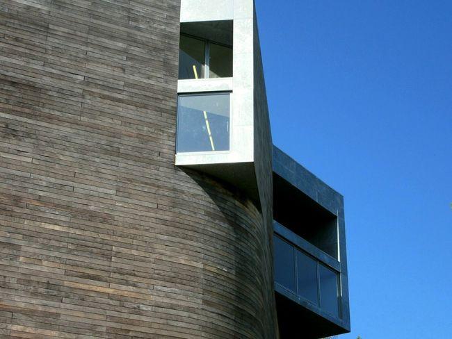 Bay windows Art Gallery Wood Cladding Cedar Wood Bay Window Urban Geometry Curve Curves And Lines Modern Architecture Architecture Minimalist Architecture The Architect - 2016 EyeEm Awards Glucksman Cork City Ireland