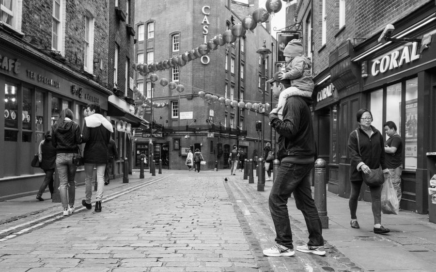 London Chinatown City Life Street Real People Blackandwhite Schwarzweiß Streetphotography City
