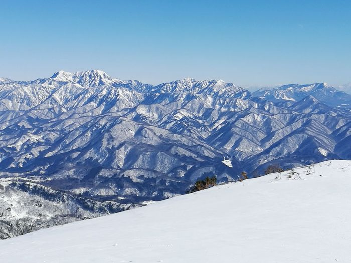 Top of the mountain (almost) Snow Mountain Blue Mountain Range Japan HakubaHappo Hakuba Snowcapped Mountain Landscape Winter Outdoors Beauty In Nature Sky ScenicsNature Day Winter Landscape Japanese  Cold Temperature No People