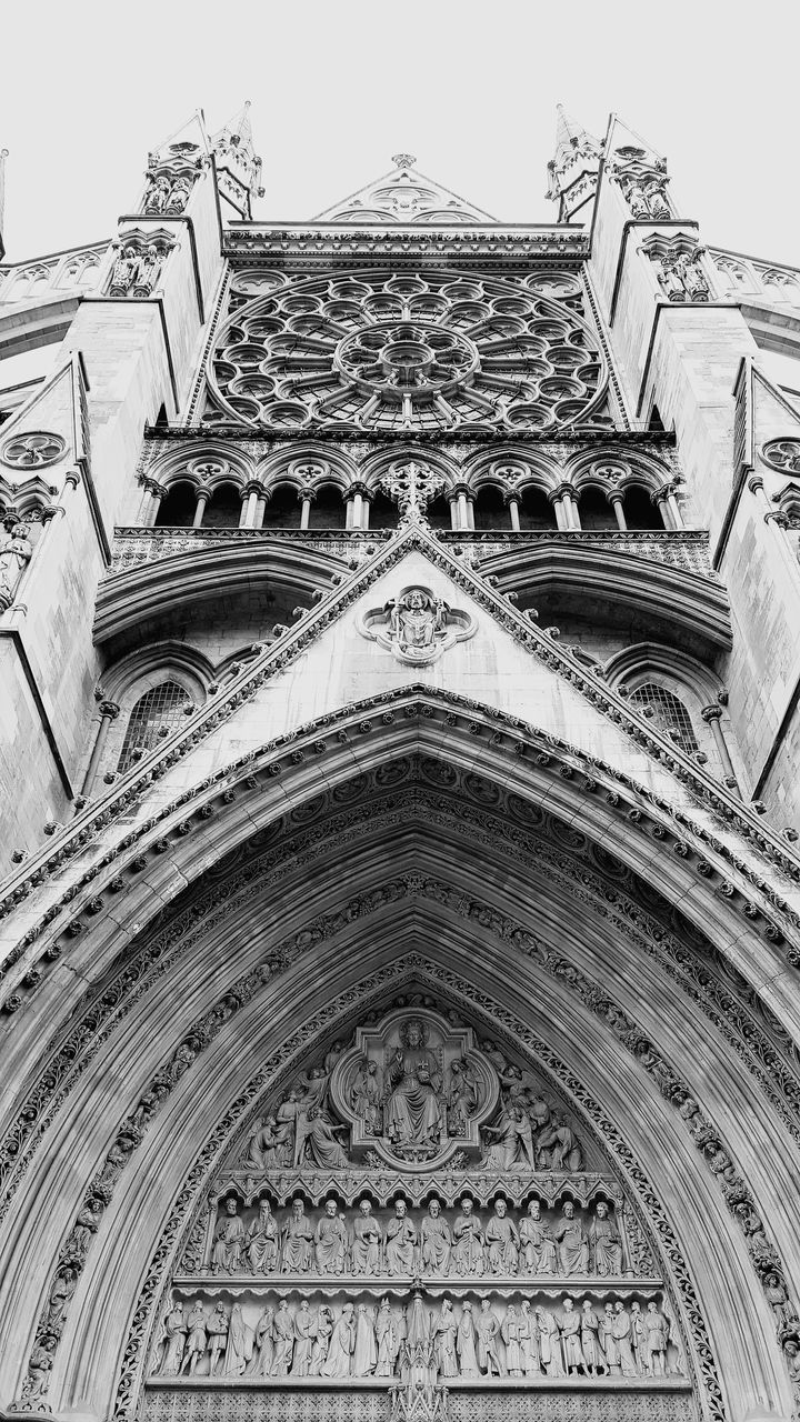 architecture, building exterior, low angle view, built structure, place of worship, building, belief, religion, spirituality, the past, no people, history, day, sky, arch, craft, outdoors, ornate, gothic style, spire