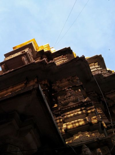 FAITH OF GOLD Temple Temple Architecture Templephotography Golden Sunshine Exterior Architecture Faith Idol Goddess Ambaji Sky Building Exterior