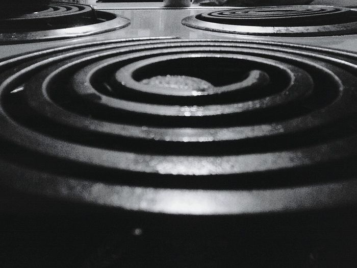 Monochrome Photography backgrounds Full Frame Close-up Repetition Extreme Close-up Surface Level Electric Stovetop Stove Burner Stove Chrome Capture Eyeem Marketplace Mypoint Of View Perspective Pattern, Texture, Shape And Form Patterned StillLifePhotography StillLife StillLifePhotos StillLifeArt Monochrome