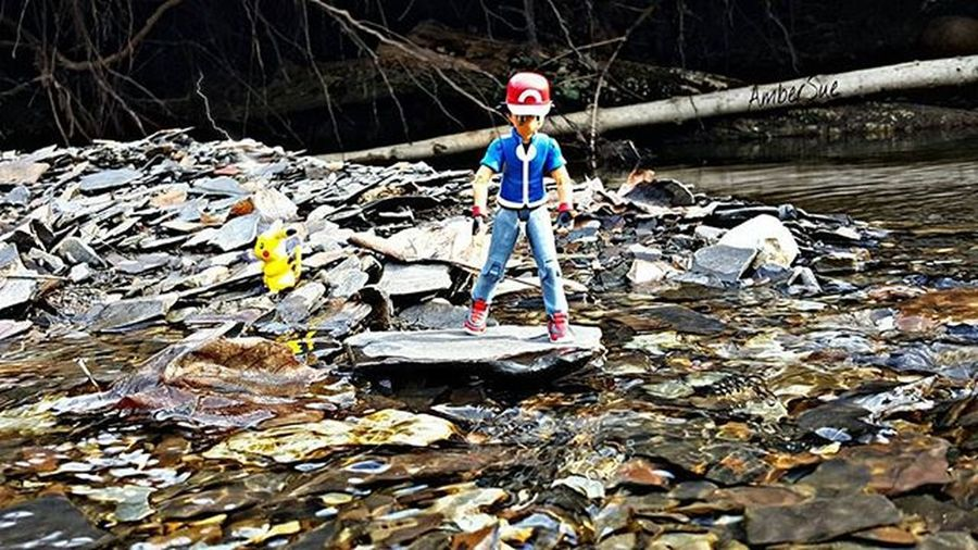 """Pikachu come on! You have to get in the water! I shoulda picked squirtle"" Pikachu Pokémon ピカチュウ Ashketchum Ohiotoykick"
