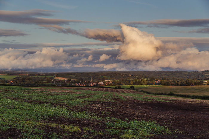 A storms brewing... Cloudscape Stormy Weather TOWNSCAPE Beauty In Nature Cleobury Mortimer Cloud - Sky Clouds Clouds And Sky Countryside Evening Sky Field Golden Hour Landscape Nature Outdoors Scenics Shropshire Shropshire Countryside Shropshire Hills Shropshire Landscape Shropshire Town Sky Storm Cloud Storm Clouds Town