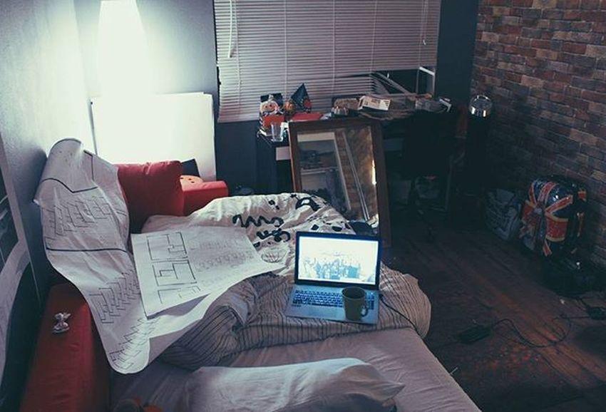 Eto ya - ленивая жопа! Не хочу сегодня ехать в студию, у меня своя есть, в мягкой постельке😊 Lazy лениваяжопа чертежи Architecture Design Student Archilovers Architecturephotography Coffee Rest Bed Floor Plan Interior Design