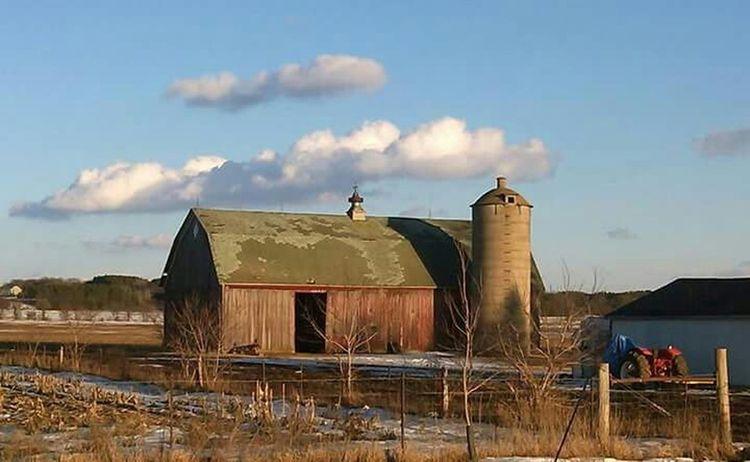 Building Farm Farmland Blue Sky Farm Equipment Barn Barns Clouds And Sky Silo