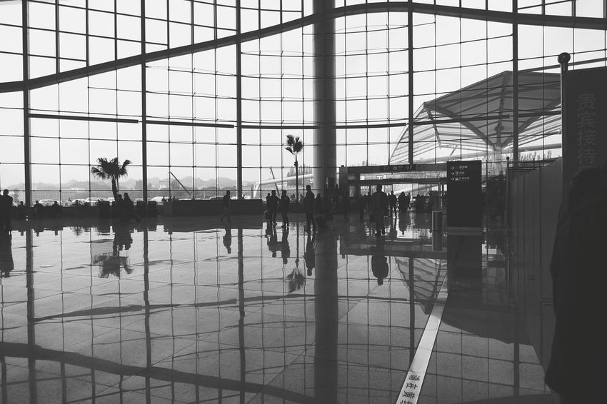 China Photos Mesh Casing Reflection Returntowork Airport Blackandwhite Taking Photos Light And Shadow Streamzoofamily Black And White Friday