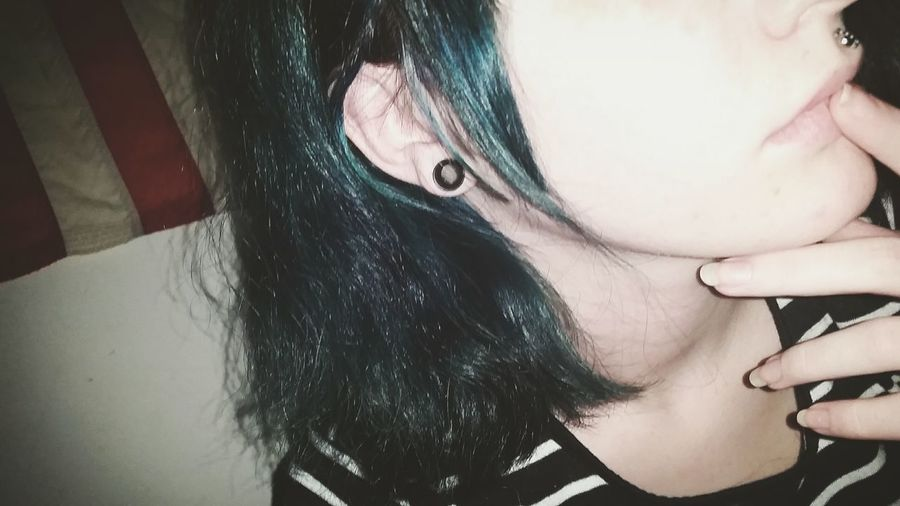 *filtered* Stretchedears Bodymod 8mm 0G Blue Dyed Eyelets Model Wannabe