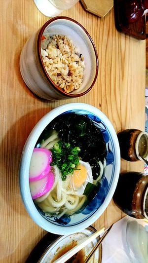 【Kagawa,Japan】sanuki udon 讃岐うどん Delicious Wheat Japanese Food December Japan Winter Udon Kagawa,Japan Bowl Table