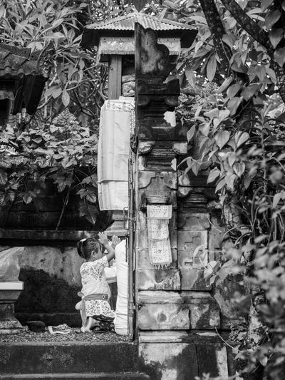 A stolen moment Balinese Culture Balinese Life Balinesegirl Black And White Photography Child Growing Up INDONESIA Little Girl Moment Of Silence Prayer Spirituality The Street Photographer - 2017 EyeEm Awards Tradition Traditional Clothing