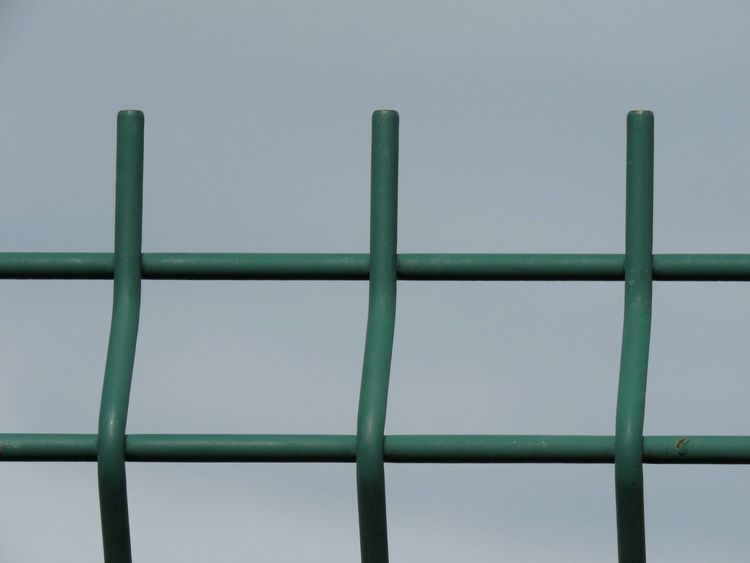 Sky Green Color Sport Outdoors Built Structure No People Day Metal Pattern Parallel Eyem Close Up EyeEm Gallery From My Point Of View Outdoor Photography Minimalism EyeEm Best Shots Full Frame Backgrounds Close-up Clear Sky Metallic Fence