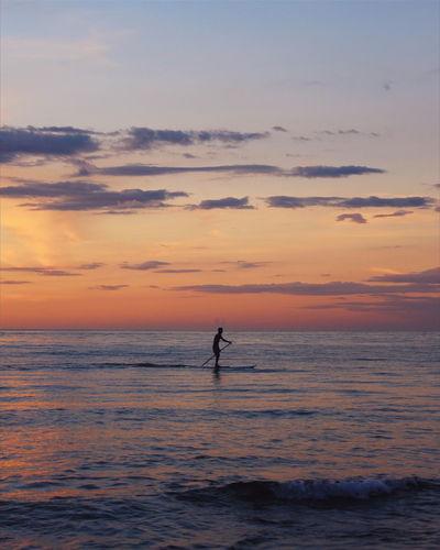 Amateurphotography Sunset_collection Nature_collection Beach Sunset Vscocam VSCO Canon_photos Canonphotography Beauty In Nature Real People Amature Photography Nature Amatuer Photographer Surf surfer