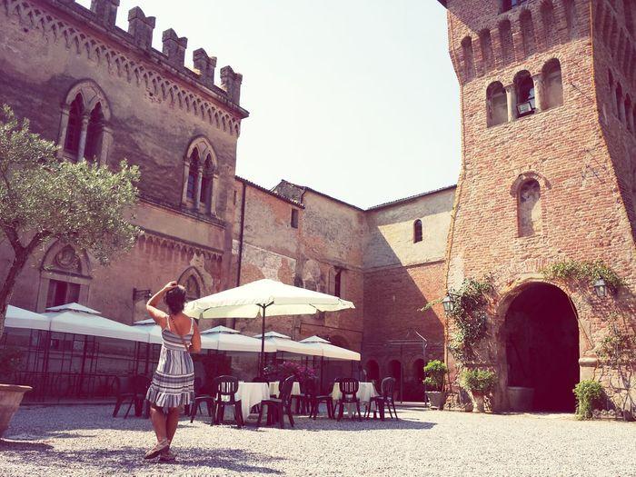 Bellitalia Castello Di San Lorenzo Italy Il Pranzo è Pronto