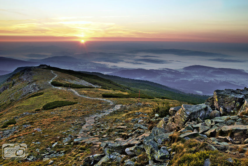Viev from the mountain at the morning. Beauty In Nature Day Horizon Landscape MIS Mist Mountain Mountain Range Mountains Nature Nature Nature_collection No People Outdoors Scenics Sky Sun Sunrise Viev View