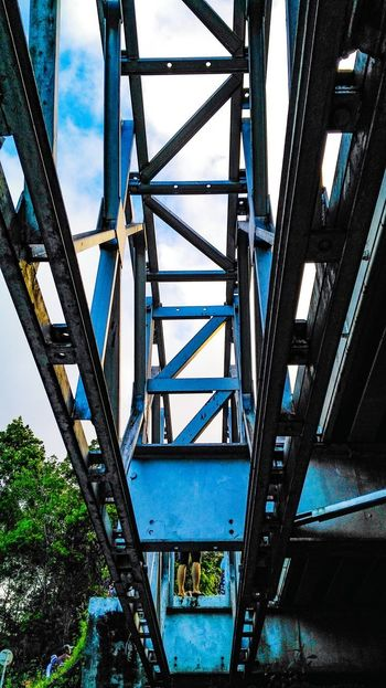 EyeEmNewHere Metal Built Structure Connection Low Angle View Architecture Golf Club Outdoors Day Girder Eyeem Philippines Connected Bridging EyeEm Best Shots EyeEmBestPics EyeEm Gallery Greatest_shots Good Morning Philippines ❤️ Vision Lines&Design Bridges_aroundtheworld Under Bridge Steel Bars Steel Bar