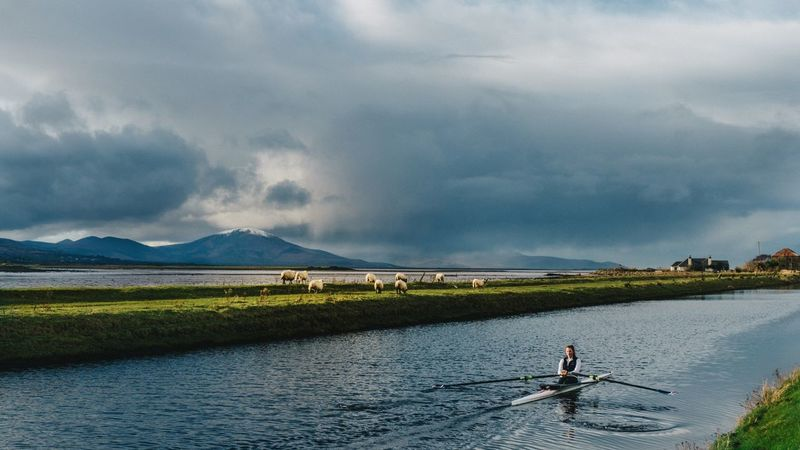 Canal days. Rowing Outdoors Tralee Kerry Ireland Ireland🍀 Landscape Sony A6000 Canal Watersports Recreational Pursuit VSCO Vscofilm Wildlife Nature Sony Sony Alpha Showcase: January Sky Skyporn Clouds Snow Mountains Mountains And Sky