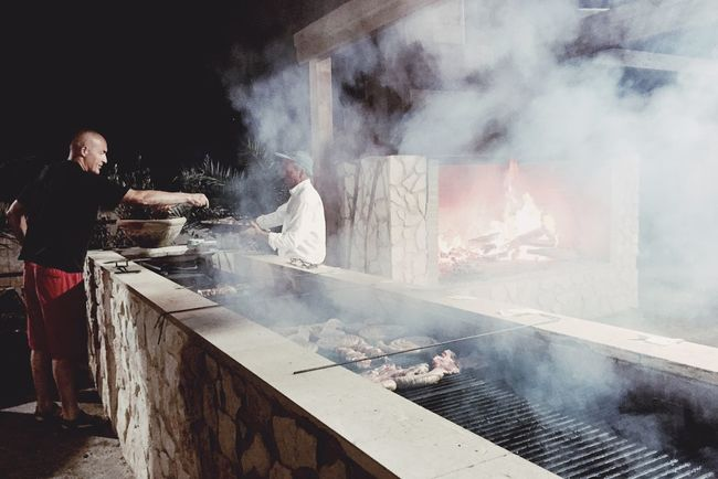 Restaurant Street Food Meatlovers Working Hard Italian Food Barbecue Amazing Place