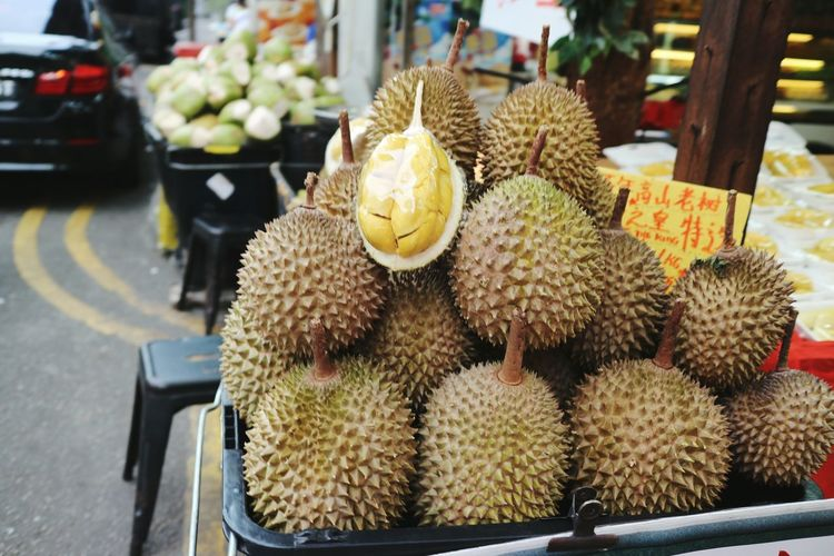 Chinatown, Singapore Durian Durian Fruit Durians Retail  Fruit Freshness Market Market Stall For Sale Outdoors No People Marketplace Market