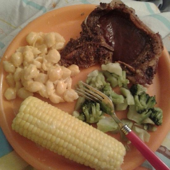 I dont usually do this...our dinner tonight... Steak Broccoli Cornonthecobb Macaroniandcheese