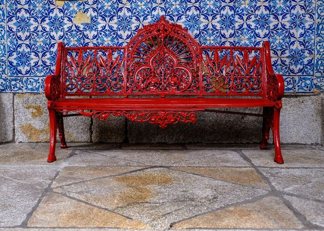 Red Architecture Pattern No People Built Structure Art And Craft Seat Tile Bench Design Day Flooring Wall - Building Feature Tiled Floor Absence Empty Outdoors Creativity Building Building Exterior Ornate Floral Pattern