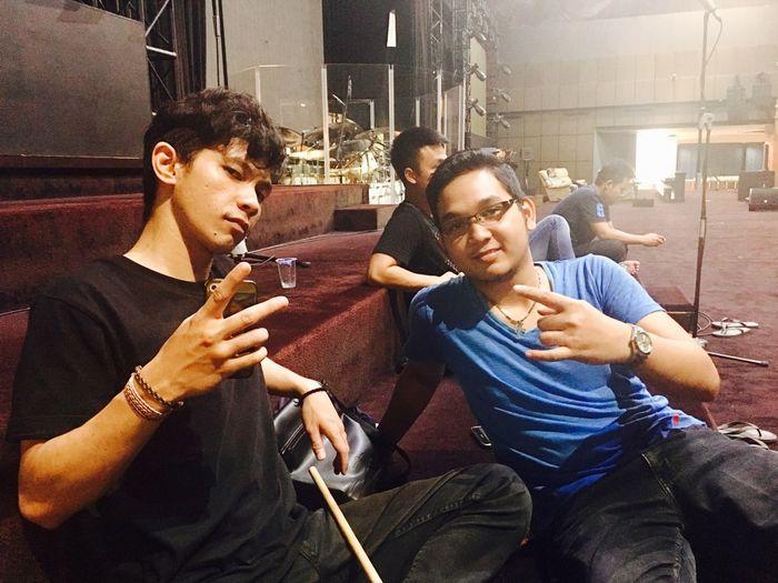 Anak Gaul... Bestfriends Mybrother Drummers Musician Drummersindonesia Drummerofntt Drummerofsurabaya Bethanynginden Gerejabethanyngindensurabaya