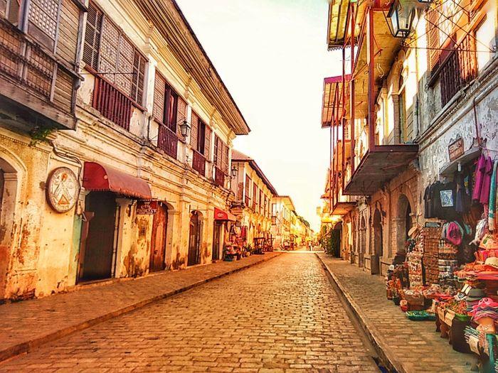 Calle Crisologo #touristdestination #History #callecrisologo #ilocosnorte Asus Photography #freshmorning #philippines #ilocandia #heritage Architecture The Way Forward Built Structure Travel Destinations Building Exterior Day Outdoors
