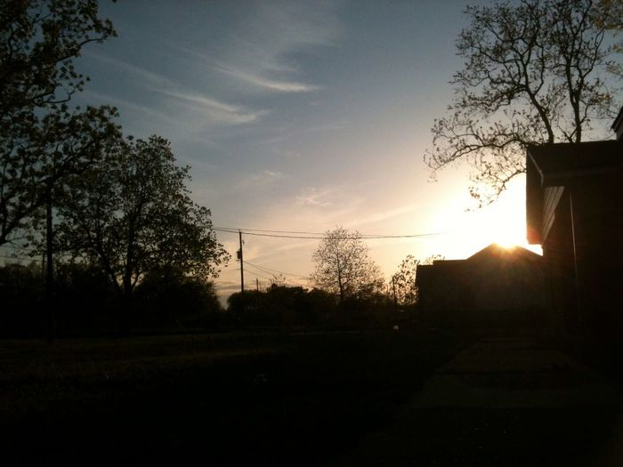 Love looking at the sky itz alwayz so beautiful to watch