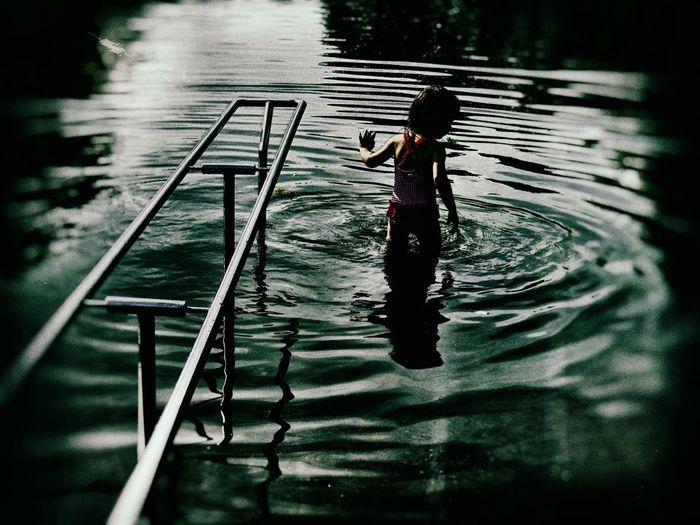 Refreshing in the pond 💦 Little Girl Portrait Portrait Of Innocence EyeEm Best Shots - People + Portrait EyeEm Best Shots - Reflections Light And Shadow Creative Light And Shadow Touch Of Light Summer Views
