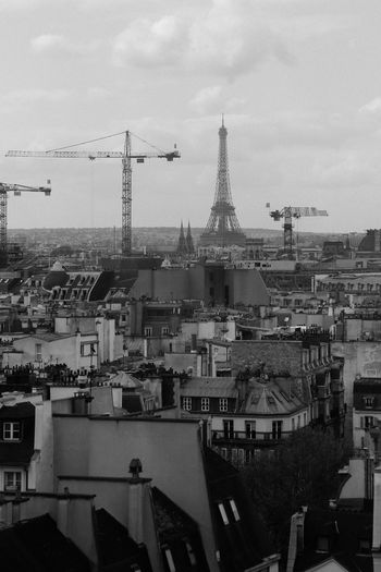 Eiffel Tower France Noir Et Blanc Paris Architecture Blackandwhite Building Building Exterior Built Structure City Cityscape Crane - Construction Machinery High Angle View Machinery No People Sky Skyscraper Tower
