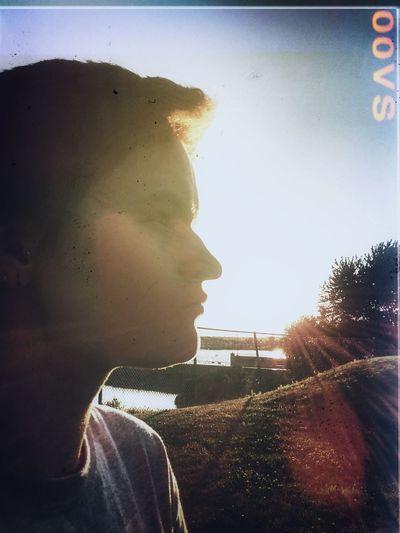 Portrait Silhouette Sunset Sunlight Facing The Sun Silhouette Of Head Short Hair Side Of Face Natural Light