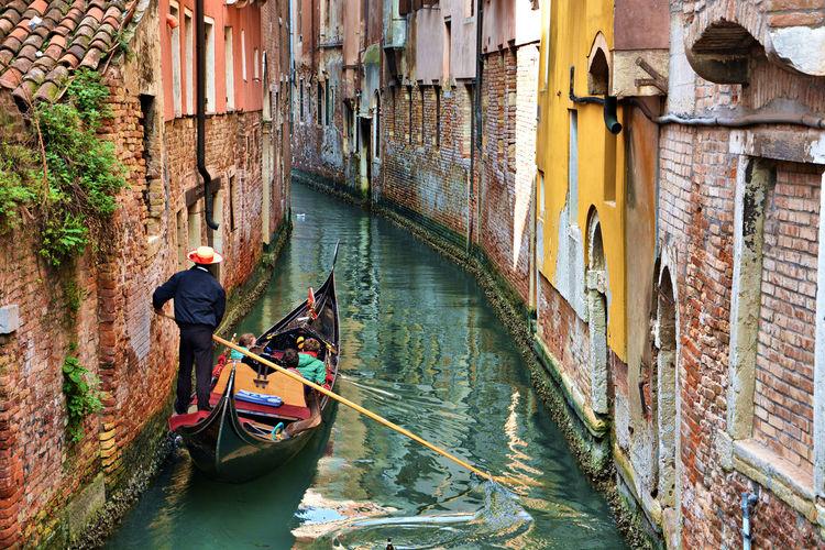 Travel Photography Travel Destinations OpenEdit Venezia Venezia Italia Italy Italia Italy❤️ Scenics Gondola - Traditional Boat Gondolier Nautical Vessel Architecture Canal Building Exterior Transportation