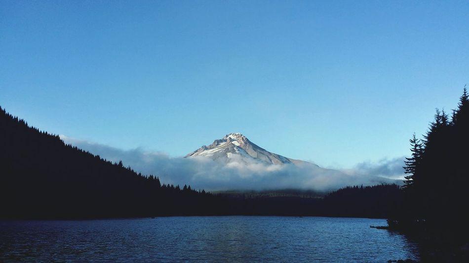 Travel Oregon  Mt. Hood  Trillium Lake