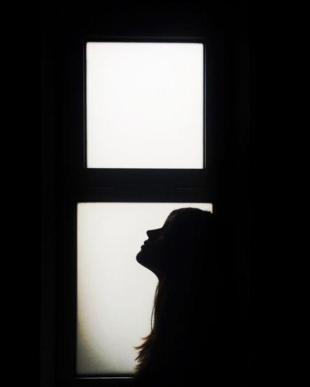Sillhouettes | instagram.com/beacteixeira Shadowplay ShotOniPhone6 Eye4photography  EyeEm Best Edits Portrait Of A Woman EyeEm Best Shots EyeEmBestPics Light And Shadow