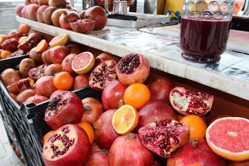 ざくろの実 ザクロ Pomegranate トルコ Turkey 写真 旅行 Traveling Travel Photography Photography Pic Picture Fruit フルーツ