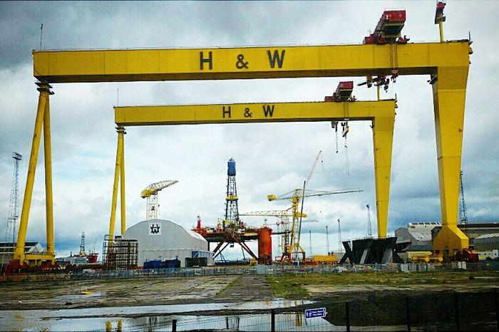 Belfast Harland And Wolff Titanic Belfast Docks Northern Ireland Ship Building Ships Yellow Crane - Construction Machinery History