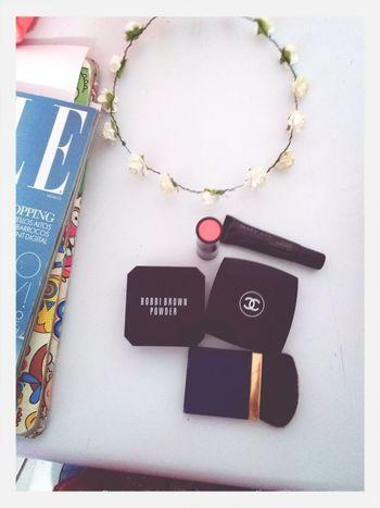 Make Up Bobbi Brown  Chanel Elle Magazine buenos dias <3
