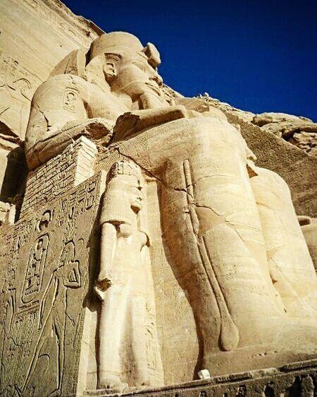 Egypt Abusimbel Traveling Travelphoto Egipto Egyptian Statue Egyptology Amaizing Amaizingplace Beutiful Place  History Archeology