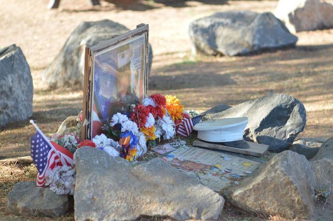 A memorial in my neighborhood park Melancholic Landscapes Memorial The Purist (no Edit, No Filter) Nikon