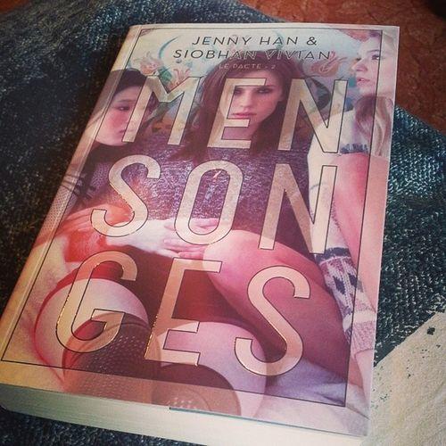 Encore un livre que je vais devorer en peu de temps !!! Mensonges Firewithfire LePacte Tome2 JennyHan SiobhanVivian Book Addictedto Igers 📖 ♥